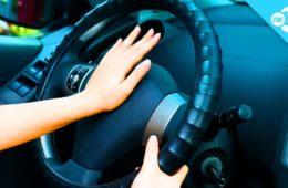 چه موقع از بوق ماشین در استرالیا استفاده کنیم/استفاده نابجا ۵۰ تا ۲۶۶۹ دلار جریمه