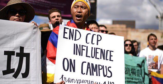 هشدار به دانشگاههای استرالیا درباره جذب زیاد دانشجوهای چینی