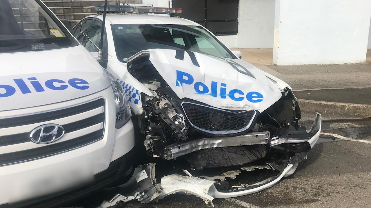 قاچاقچی بدشانسی که با خودروی پلیس تصادف کرد