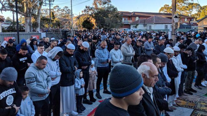 هزاران نفر در استرالیا نماز باران خواندند