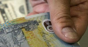 حمل پول نقد بالای 10 هزار دلار در استرالیا ممنوع میشود