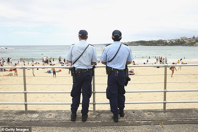 آیا حقوق متناسب با کار خود در استرالیا دریافت میکنید؟