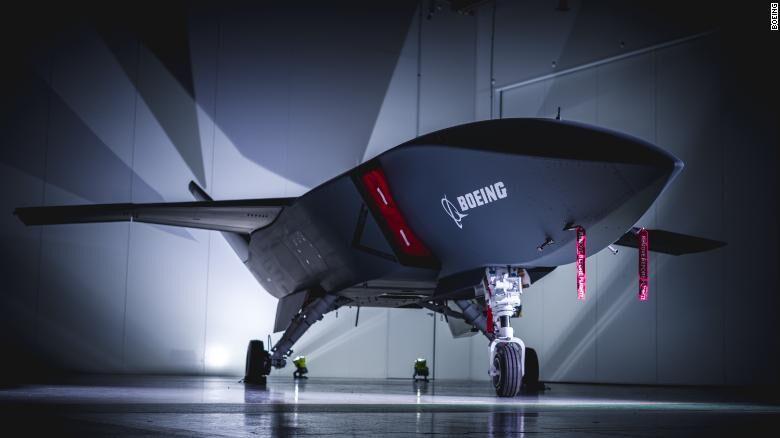 ارتش استرالیا اولین پهپاد قادر به پرواز با هوش مصنوعی را دریافت کرد
