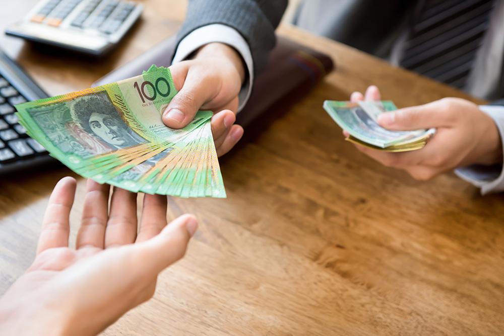 استرالیا رتبه دوم در بیشترین میزان حداقل حقوق در جهان