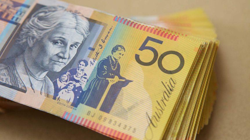 استرالیاییها 50 دلاری در خانه انبار میکنند