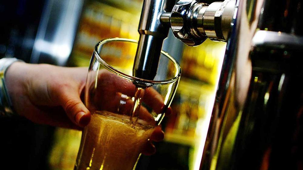 استرالیاییها حداکثر روزی 4 استاندارد مشروب الکلی بنوشند