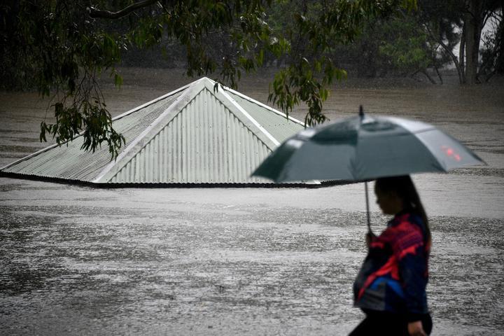 تداوم سیلابهای خانمان برانداز در نیوساوت ولز؛ ارتش وارد عمل میشود