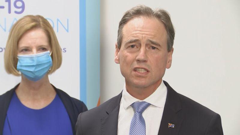 وزیر بهداشت استرالیا در بیمارستان بستری شد