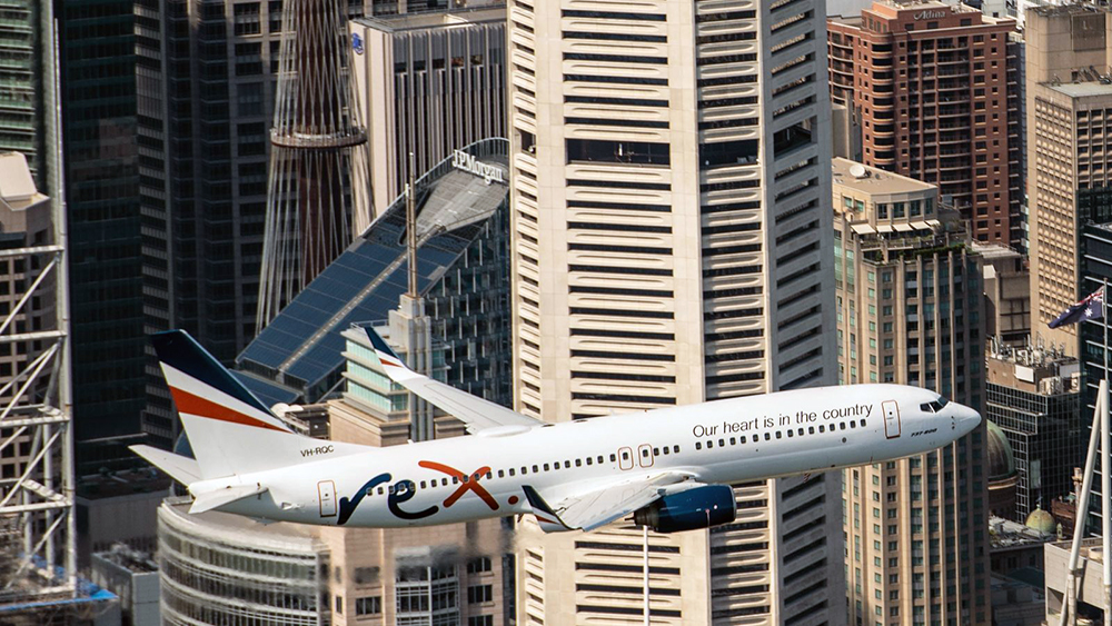 نخستین پرواز هواپیمایی رکس بین ملبورن و سیدنی انجام شد