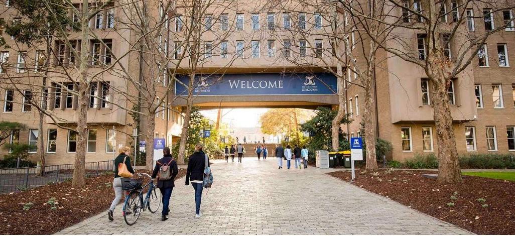 """دانشگاههای استرالیا ۹۰ درصد دروس ترم آتی را """"حضوری"""" ارائه می کنند"""