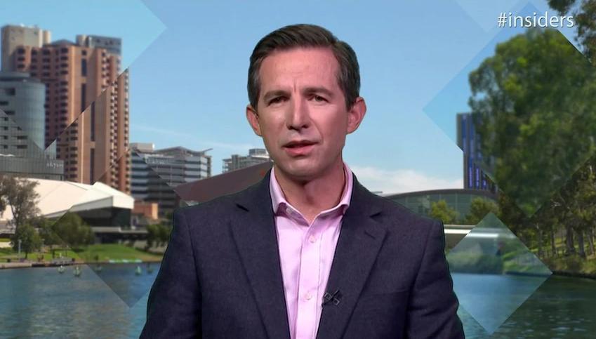 وعده وزیر اقتصاد استرالیا: واکسن فایزر در ماههای آینده به زیر40 سالهها عرضه میشود