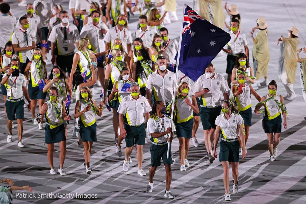 تیم استرالیا در رژه افتتاحیه المپیک حاضر شد