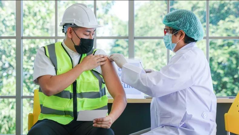 تست سریع آنتی ژن دیگر کافی نیست؛ اولویت واکسیناسیون برای کارکنان در مناطق پرخطر نیوساوتولز