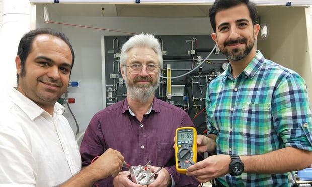 اختراع اولین باتری قابل شارژ پروتونی جهان با حضور ۲ محقق ایرانی