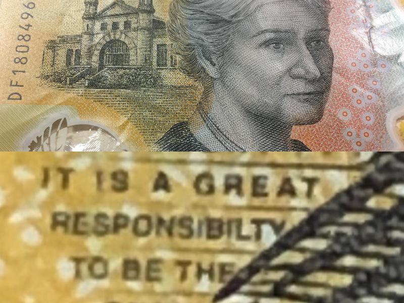 اشتباه تایپی در اسکناسهای جدید 50 دلاری