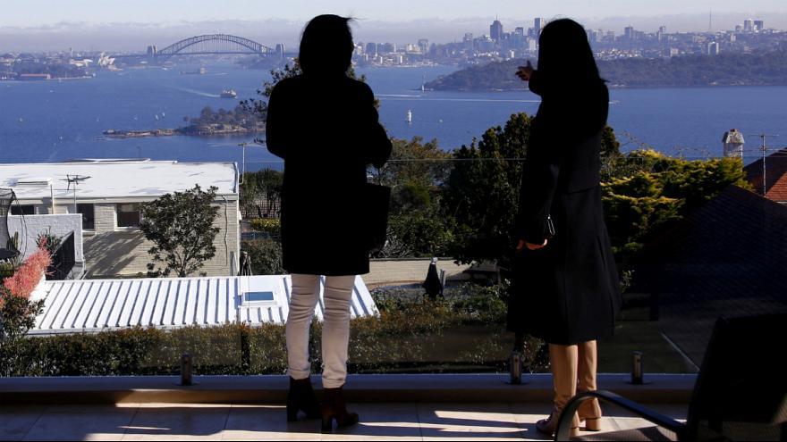 استرالیا راه ورود مهاجران جدید به شهرهای بزرگ را میبندد