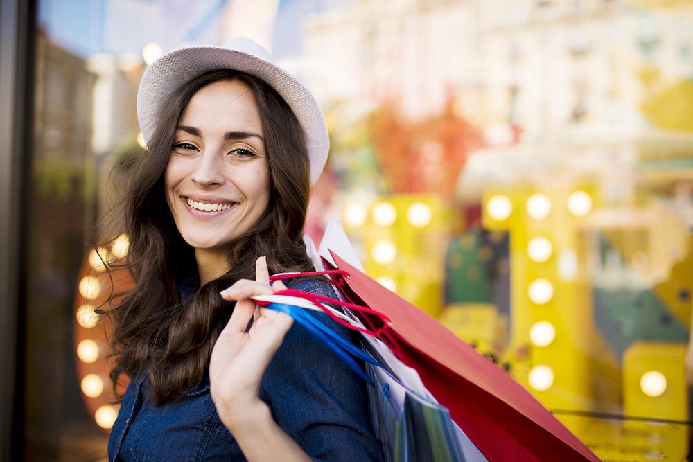 هدیه ویژه بانک کامنولث برای کریسمس؛ خرید کنید پولتان را پس بگیرید