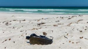 کشف قدیمیترین بطری حاوی پیام دریایی دنیا در ساحل استرالیا