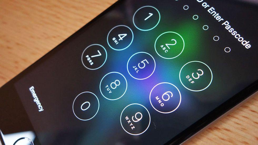 10 سال زندان مجازات تحویل ندادن اطلاعات گوشی همراه به نهاهای امنیتی در استرالیا