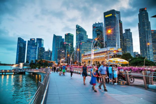 به سنگاپور سفر می کنید مراقب جریمه های سختگیرانه باشید