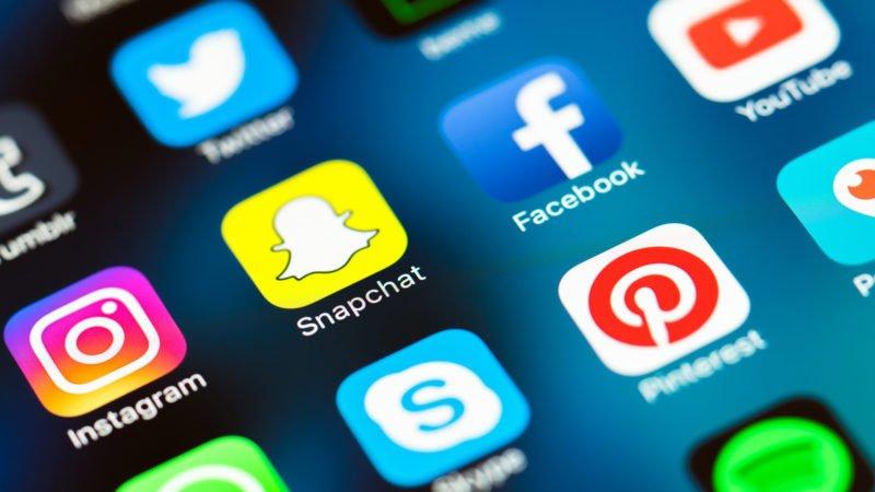استرالیا قوانین سختگیرانه تری برای شبکه های اجتماعی اعمال می کند